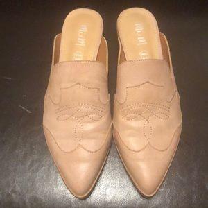 Mi.iM leather mules, size 8.5